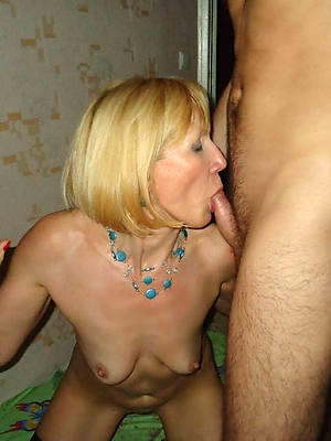 pornstar amateur mature giving handjobs