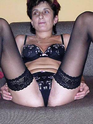 renounce 50 mature women naked porn pics