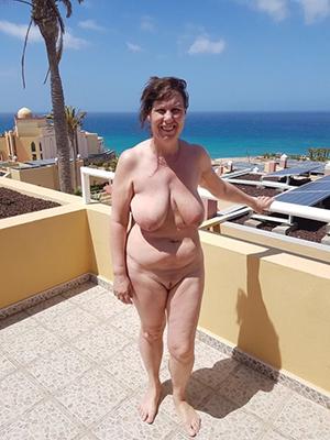mature russian women nude porn pics