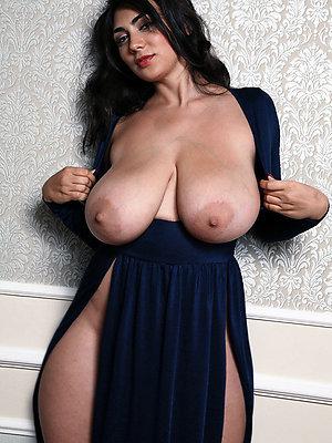 naked free nude milf pics