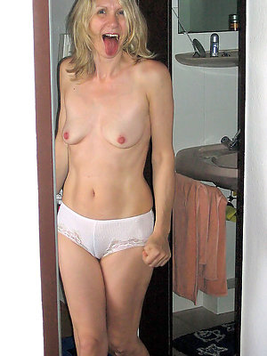 fantastic hot mature moms