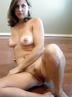 gorgeous free mature mom porn xxx