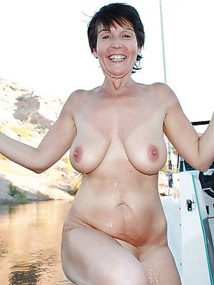 grotesque mature nipple pictures