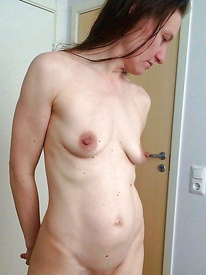 free pics of mature women big nipples