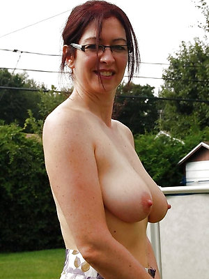 crazy mature broad in the beam nipple pics