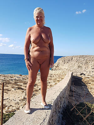 mature on beach porn pic download