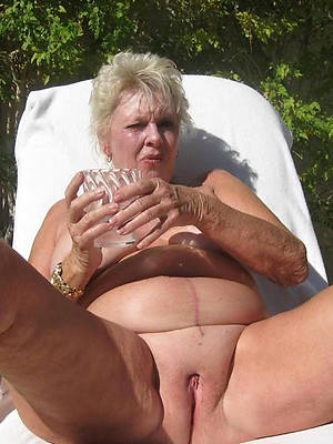 horny 60 plus mature naked porn pics