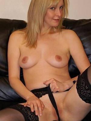 porn pics of blonde mature nude