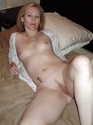 mature women snug tits mobile porn