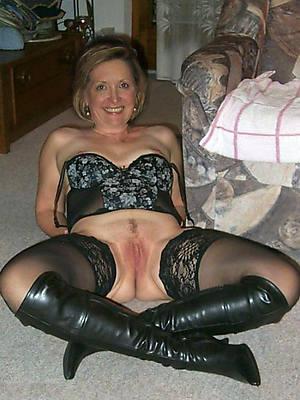 stocking matures mature milf in stockings