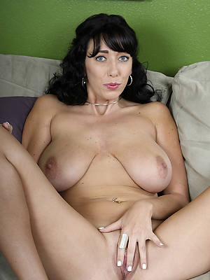 adult brunette good hd porn pics