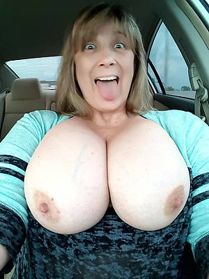 naked mature big boobs stripped