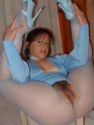 pornstar amateur hairy nude grown-up women