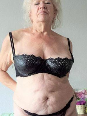 mature granny xxx nice tits