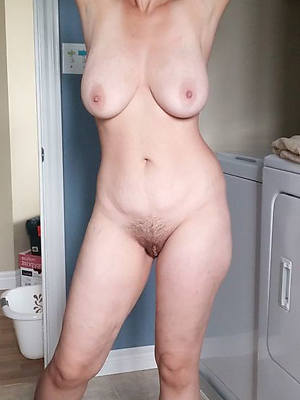 mature womens legs perfect body