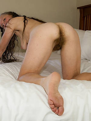 reality skinny of age brunette pics