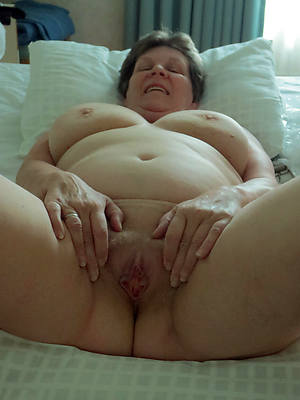 sweet nude sexy granny pics