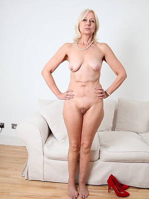 russian private mature blondes pics