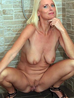 adult blondes amature sexual connection pics