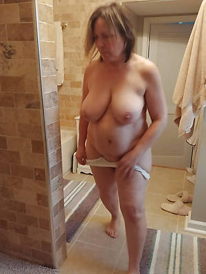 number one grown-up grandmas nude pics