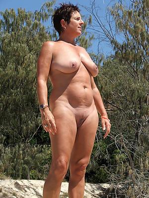 free porn pics of beautiful mature nude battalion
