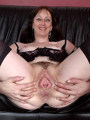 mature vulvas hot porn pictures
