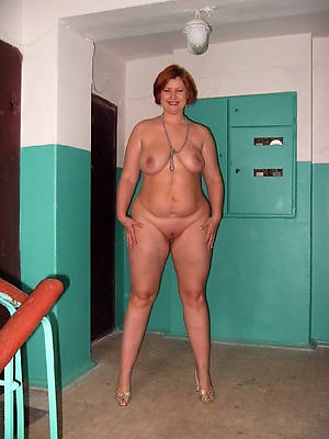 mature naturals beuty pussy