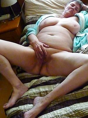 60 matures amature adult home pics