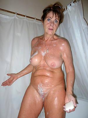 free amature mature woman on touching shower nude pics