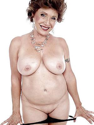 hotties maturity model nude pics