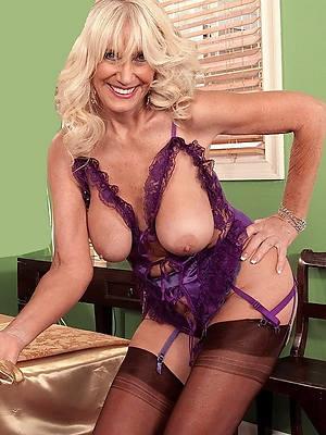 hot naked maturity model