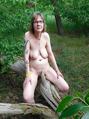 50 plus mature beuty pussy