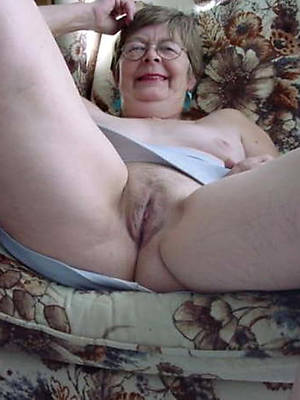 hotties  uk mature grannies pics