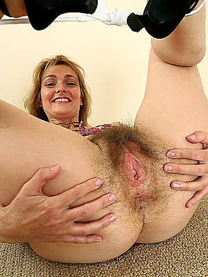 mature hot unspecific old pussy