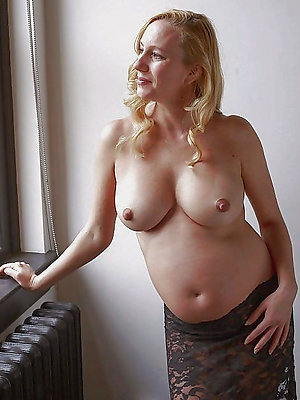 super-sexy large mature nipples