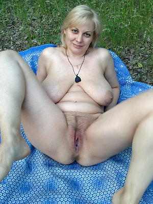 naught old lady nude pictures