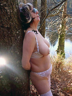 hotties adult nudes outdoors xxx