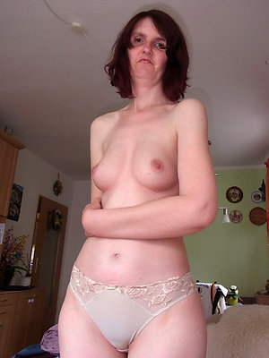slutty mature woman all round panties