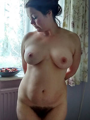 free amature mature hairy ladies porn pics