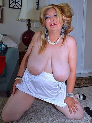 sexy naked hot mama pics