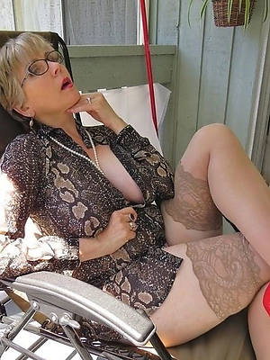 old lady hairstyles shows pussy pics