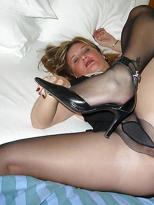 mature pantyhose soles porno pictures