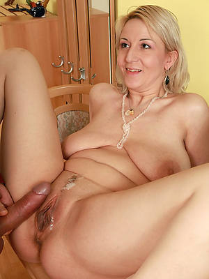 free porn pics of mature gets fucked