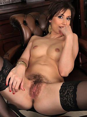 sweet nude mature unshaved porn verandah