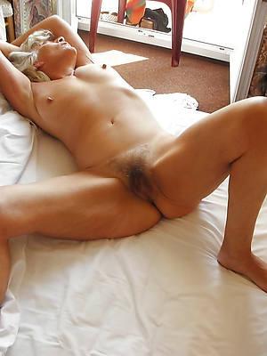 mature legs porn pic download