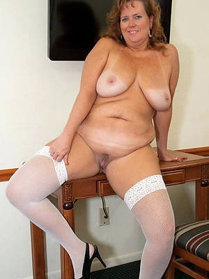 hot going to bed lickerish mature pictures