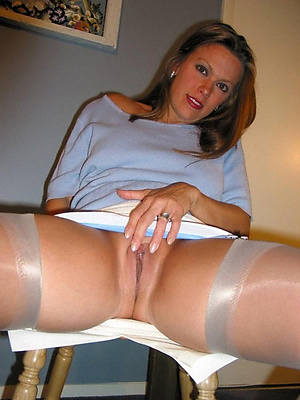 horny mature lady porn pictures