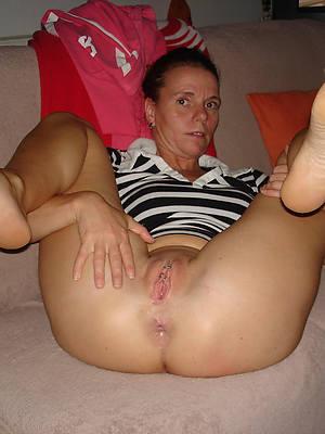 mature feet porn