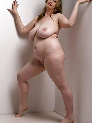 chubby mature amateur porno pics