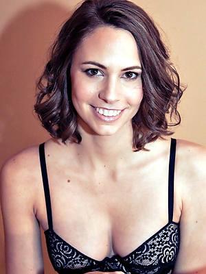 hot mature female nude models